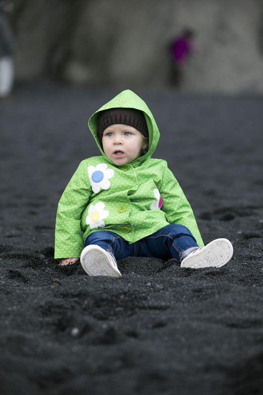 """冰岛杰古沙龙冰河湖的""""钻石沙滩"""""""